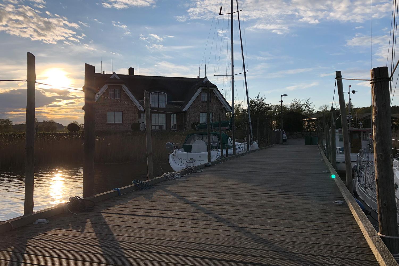 Appartementhaus_Inselwind_Hafen_Rügen